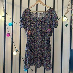 ♥️ Floral Scoop Neck Dress w/ Pockets